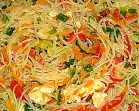 Салат с фунчозой и курицей 57